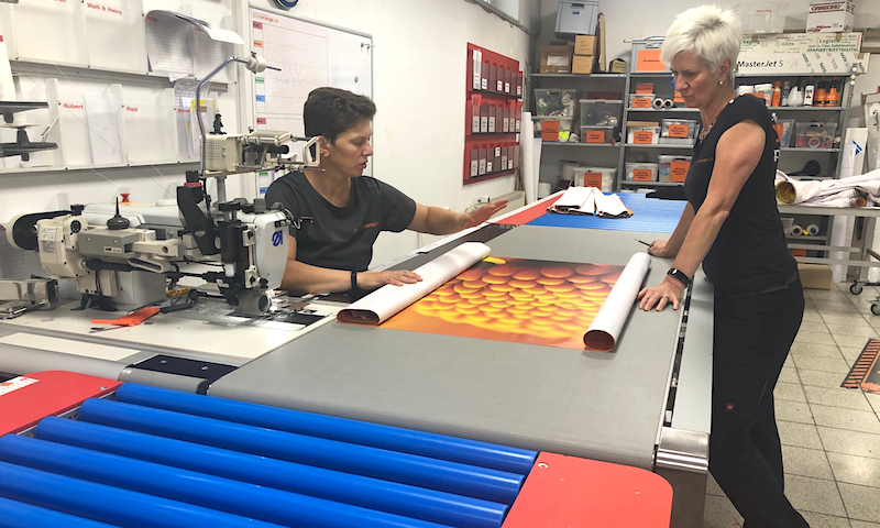 PureOrange Werbetechnik Digitaldruck Textildruck Produktion