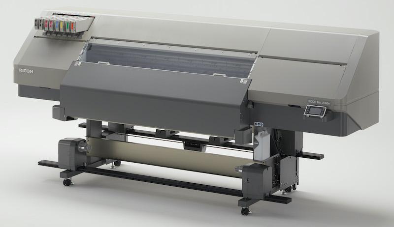Ricoh neue Großformatdrucker mit Orange und Grün
