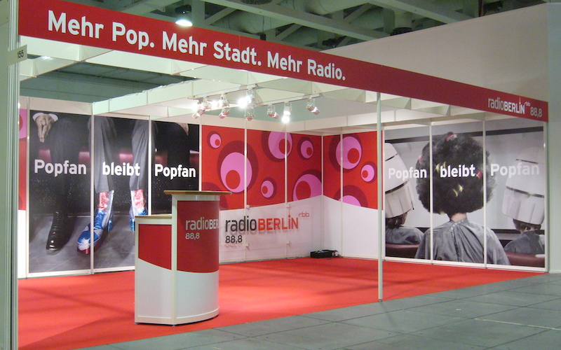 Werbung Total Messestand