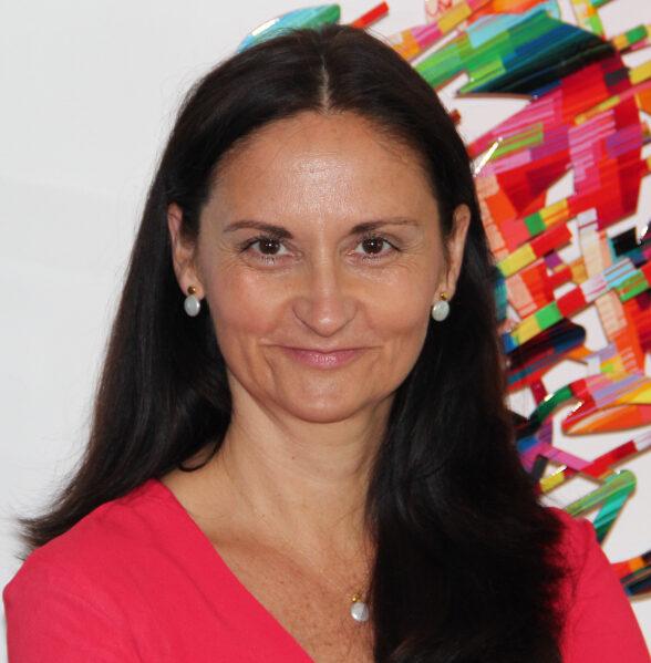Nestle Smarties Papierverpackung Carmen Borsche