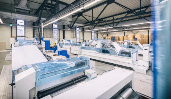 Elanders Print & Packaging Waiblingen Produktion Weiterverarbeitung