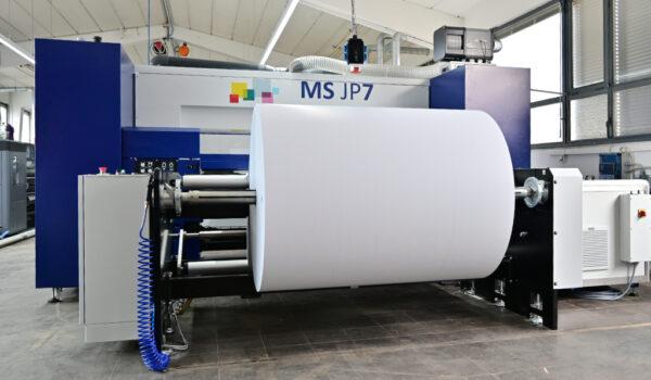 Printpiloten JP7 Plakatproduktionslinie Jumborolle Draufsicht