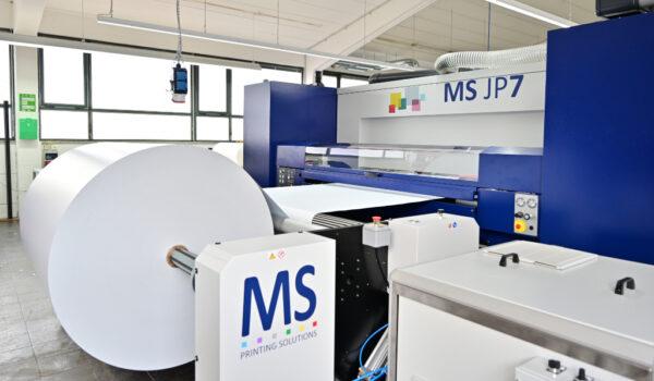 Printpiloten MS JP7 Plakatproduktionslinie seitlich